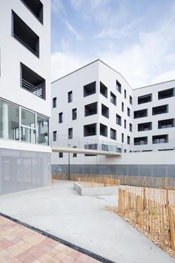 53 logements - Lormont - photo 1