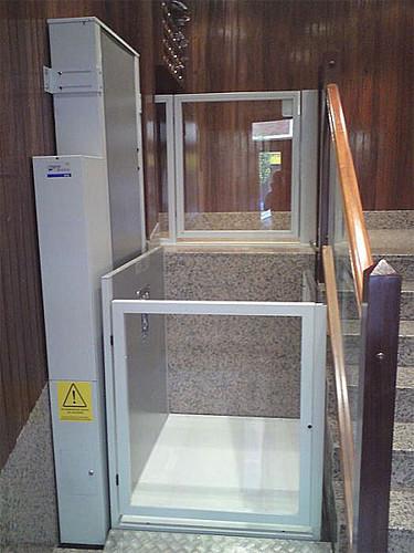 elevador vertical 2.jpg