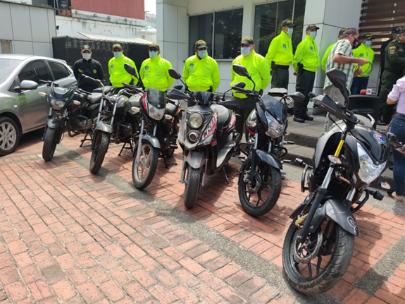 7 MOTOS, 1 VEHICULO, Y CUARENTA CELULARES HURTADOS RECUPERADOS POR LA POLICIA NACIONAL