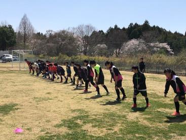 中学女子サッカーチームのトレーニングサポートby藤田