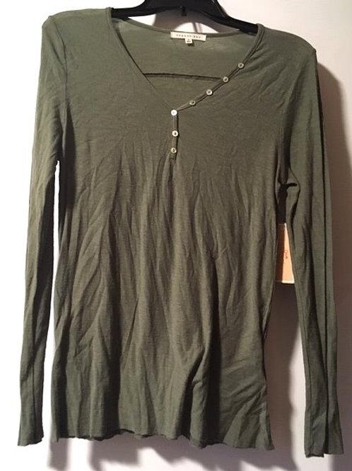 Juniors Size Medium Green Long Sleeve Top