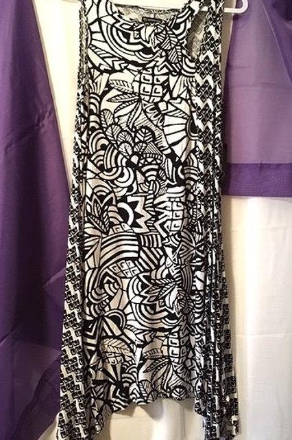 Ladies Size Small Black White Sleeveless Dress
