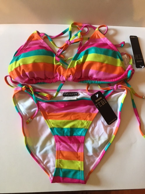 Juniors Size Medium 2 Piece Swimsuit