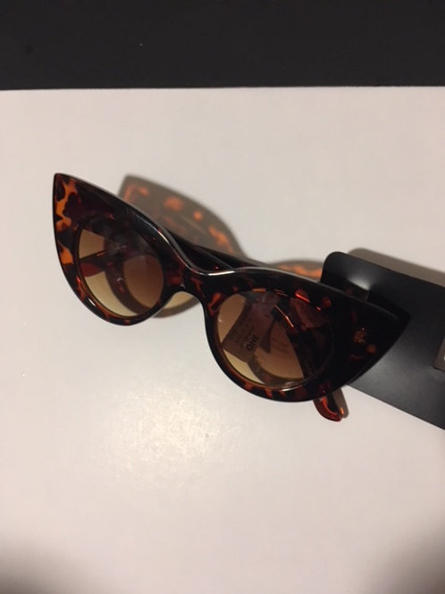 Ladies Tortoise Shell Frame Cat Eye Sunglasses