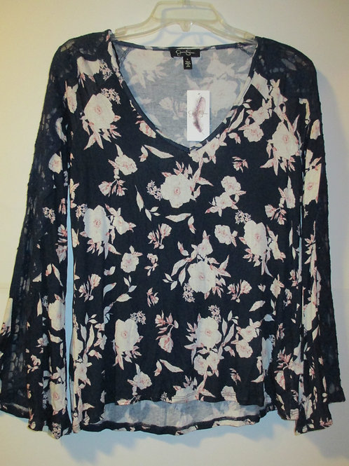 Juniors Size Small Top