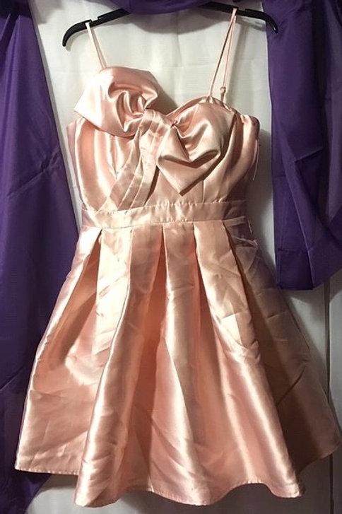 Ladies Size Medium Pink Short Prom Special Occasion Dress