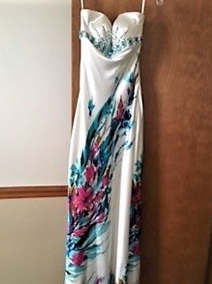 Ladies/Juniors Size 4 Off White Multi Floral Prom Pageant Dress