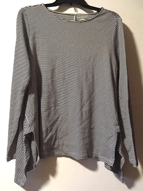 Ladies Size Medium Black White Long Sleeve Top