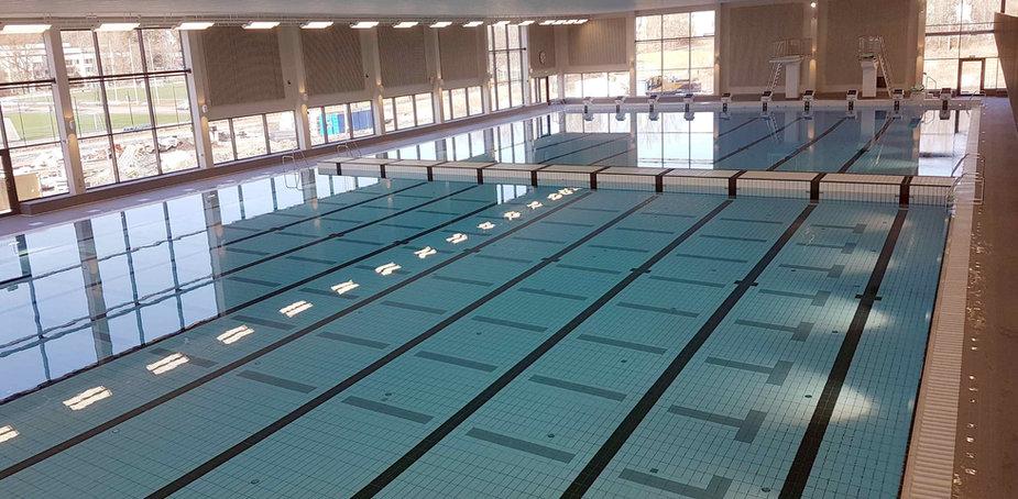 Järfällabadet Stockholm 50 meters bassäng