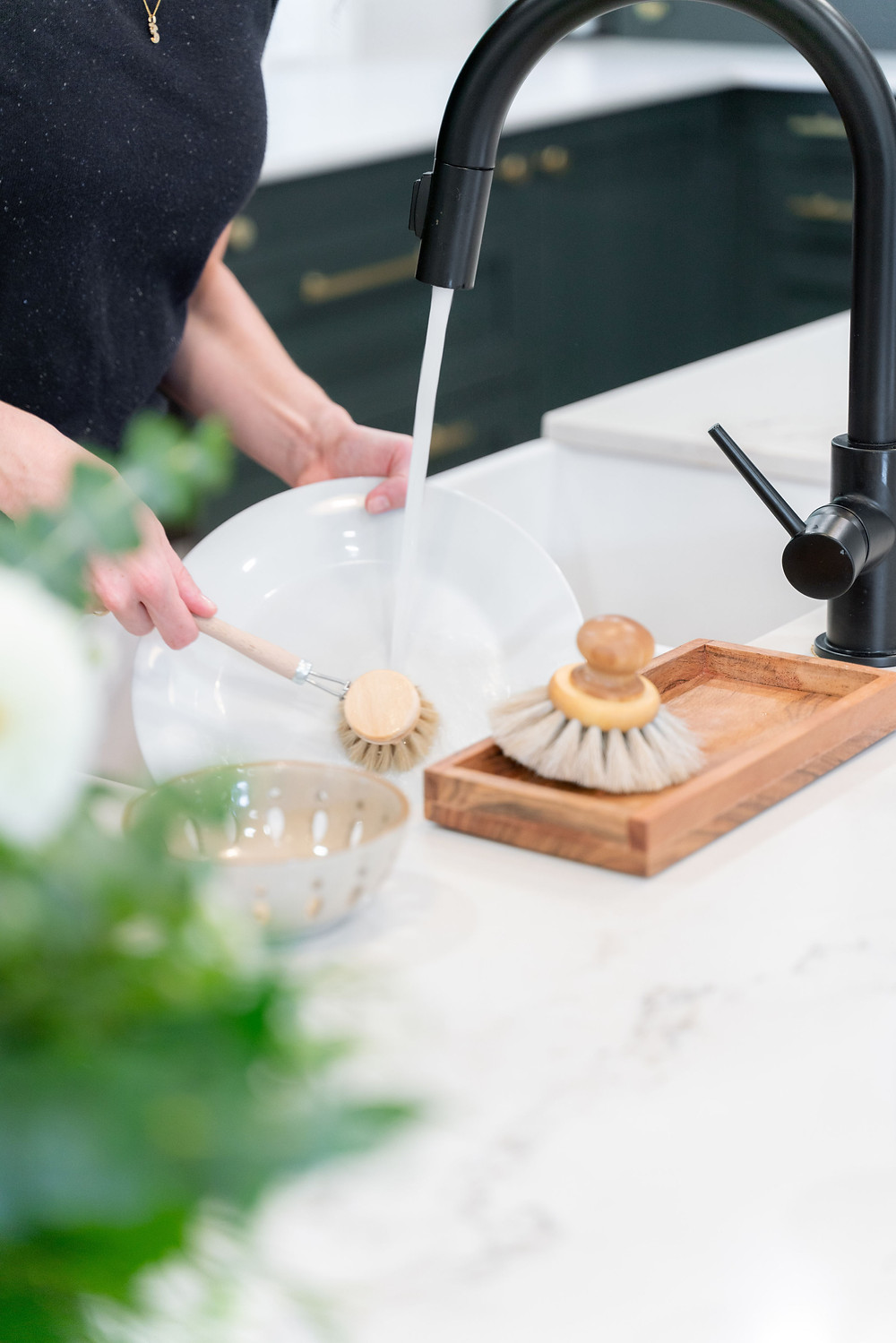 Iris Hanverk Kitchen Utensils, the everyday dish brush and round pan brush, an amazing Swedish eco brush maker that you can find at Rug & Weave