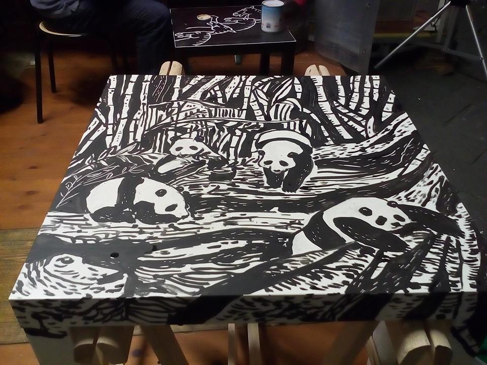 Tavolino Panda (Estrosi in Piazza)