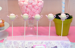Tea pot cake pops