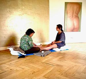 vrouwenretraite_voetenmassage.jpeg