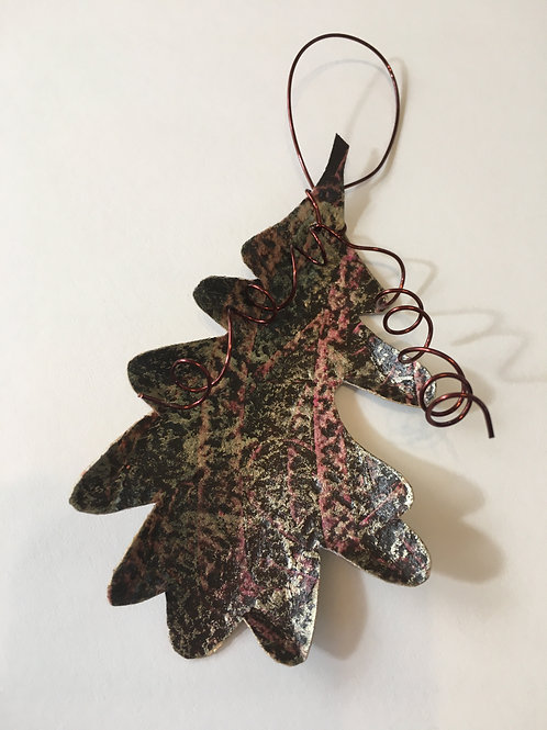 Oak leaf ornament-small