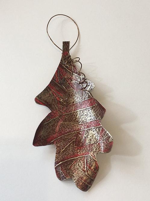 Oak leaf ornament- large
