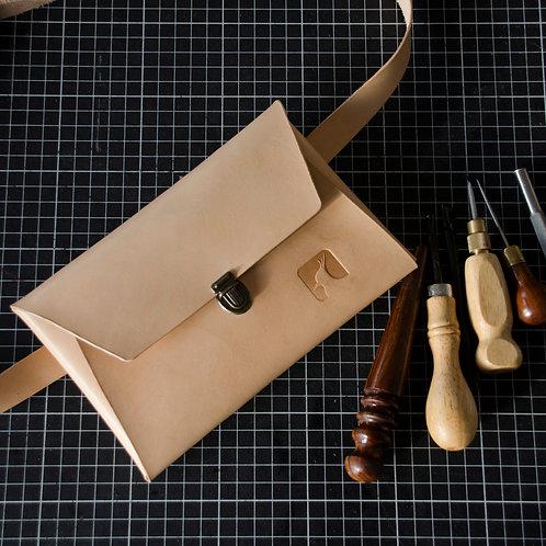 Bumbag / bæltetaske i kernelæder