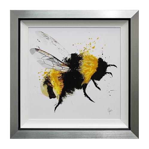 Scruffy Bumblebee III Liquid Framed Wall Art