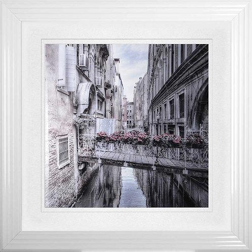 Venice 1 Liquid Framed Wall Art