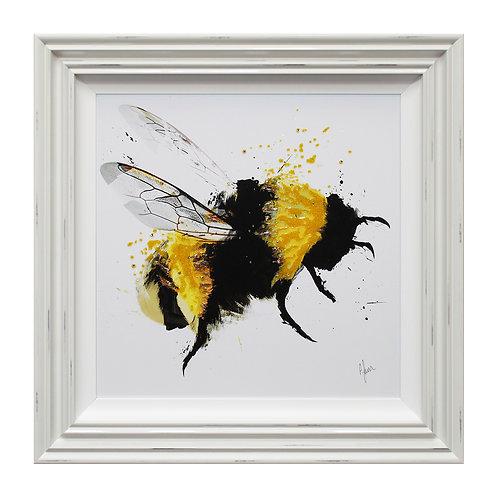 Scruffy Bumblebee III Liquid Art Framed Wall Art