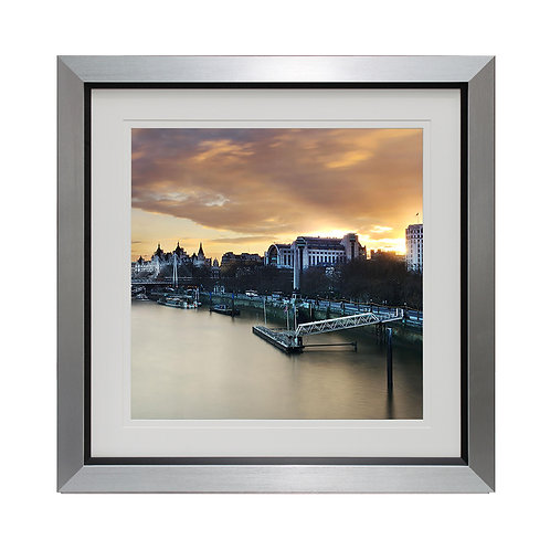 Thames Persecptive Framed Wall Art