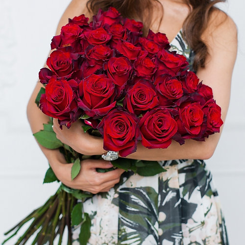 25 red roses bouquet - Red Garden Rose Bouquet