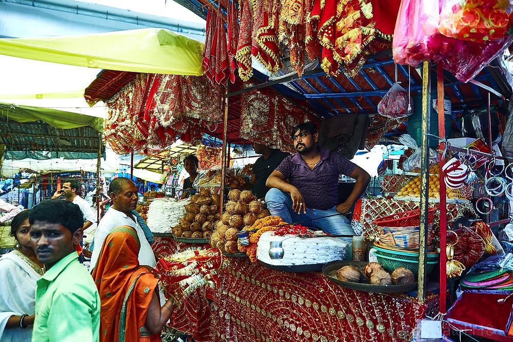 market and  street shop at agam kua