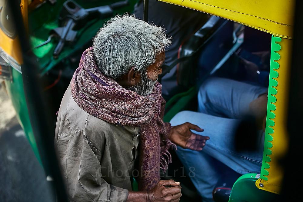 bigger asking from auto-rickshaw traveller