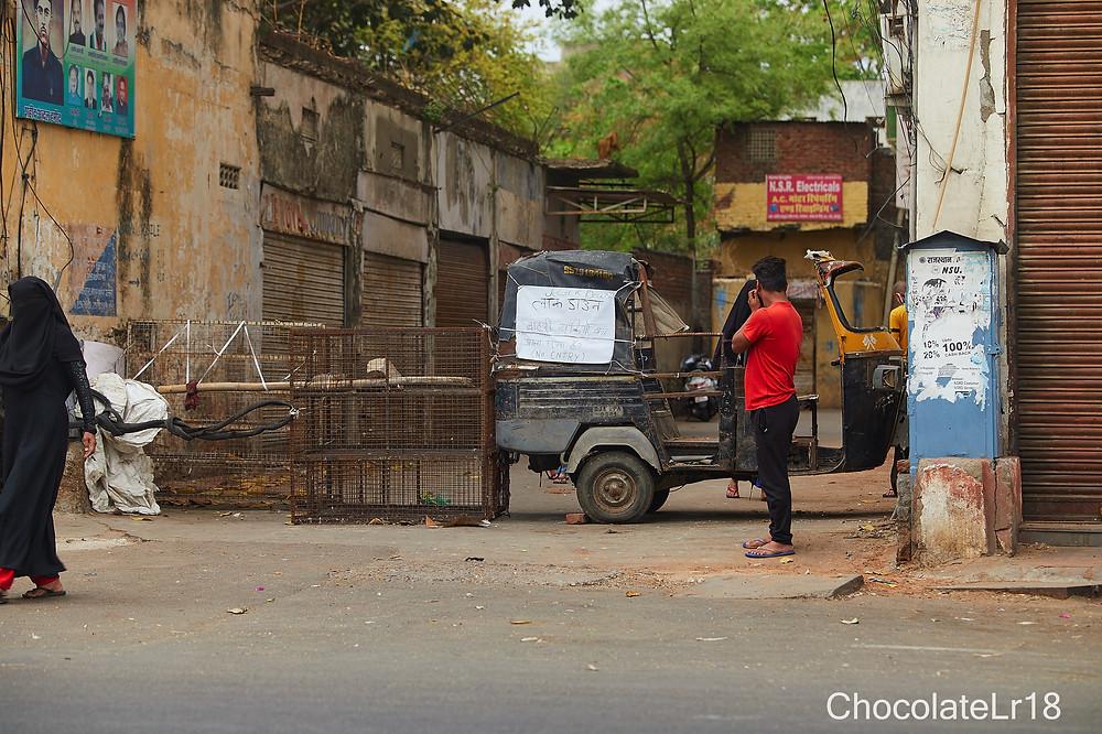 blocked sub road at M I road jaipur No entry zone during pendemic lockdown