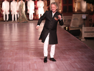 Rohit bal Showcased his collection at 290 th anniversary of Jaipur, foundation day gala dinner was f