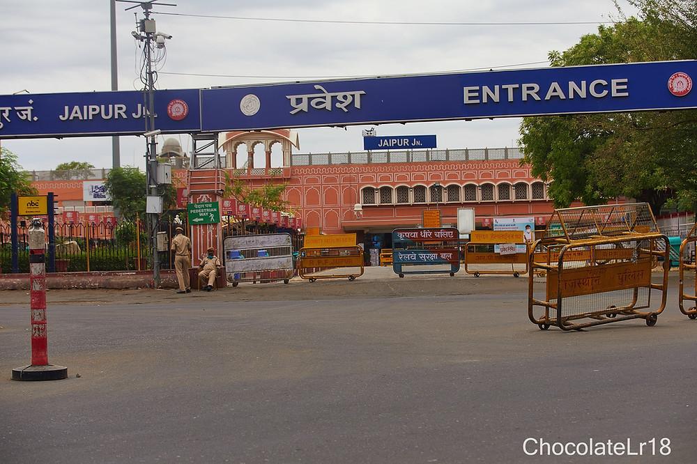 Jaipur railwaystation during lockdown in pendemic