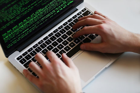 hacker-man-laptop.jpg