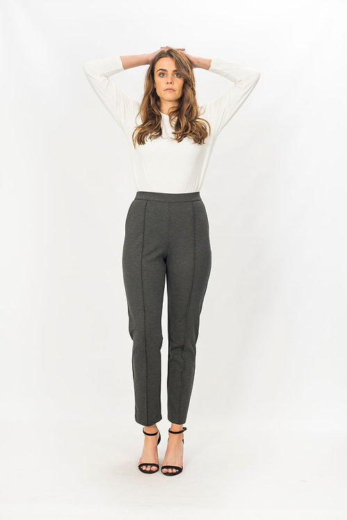 ROMA 3/4 Length Pants - Style 2501