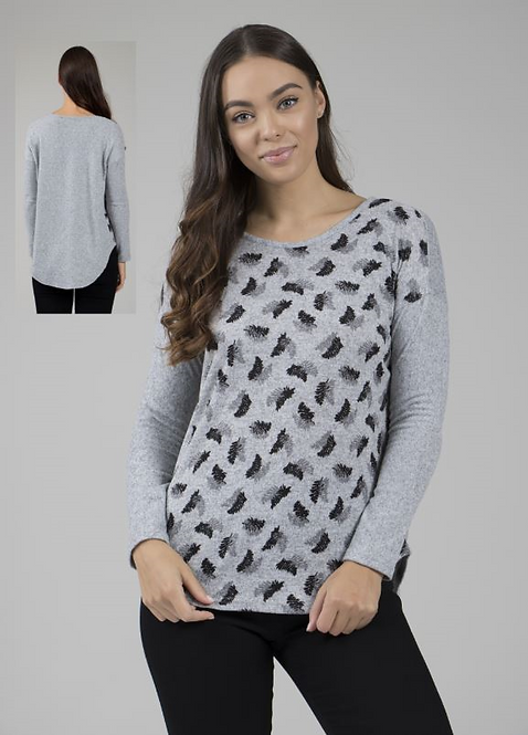 Long Sleeved Curved Hem Knit Top - Style T723432