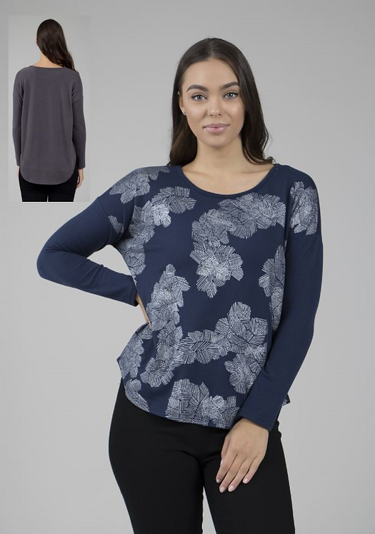 Long Sleeved Curved Hem Knit Top - Style T69655