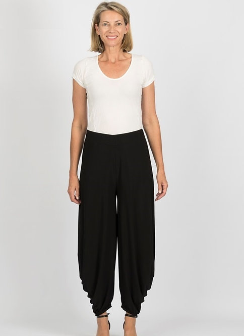 Wide Leg Harem Style Pants - Style S922