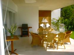 Eneas dining terrace