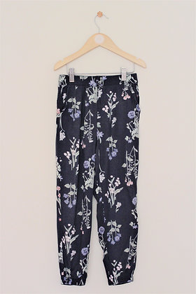 H&M navy cotton lightweight cuffed floral print trousers (age 7-8)