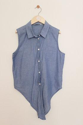 H&M lightweight sleeveless blouse with tie waist (age 12-13)