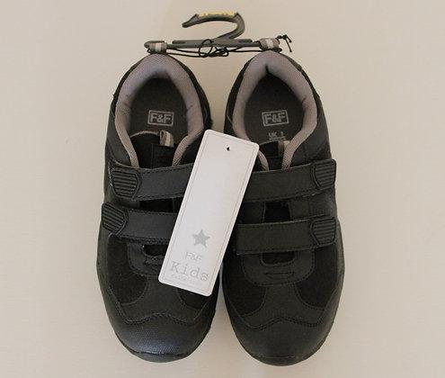 BNWT F&F black velcro trainers (size 1)