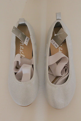 BNWT Next sparkly silver pumps with ankle ribbons. (size 1)