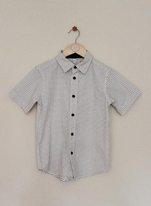 Wondernation wavy stripe short sleeved shirt (age 6-7)
