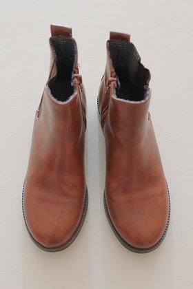 Next tan chelsea boots (size 2)