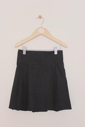 F&F 2 x black pleated school skirts (age 7-8)