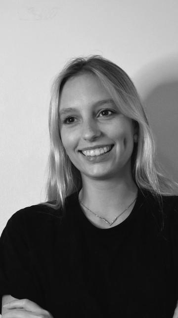 Júlia Zarth