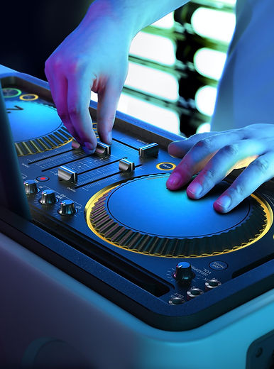 DJ Bonz professional DJ for corporate and private parties.