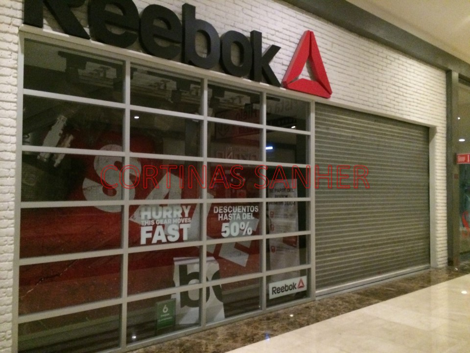 Rebook Centro Comercial Santa Fe