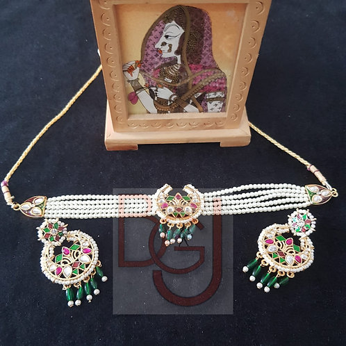 Beautiful chand necklace + earings
