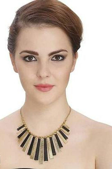 Trendy designer partywear necklace