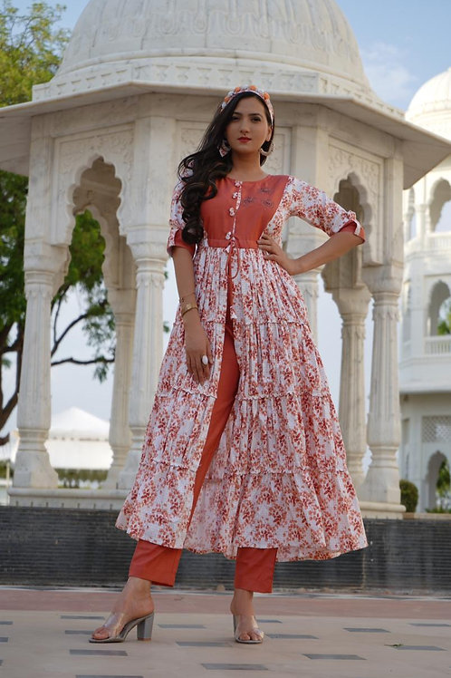 Tyre style front cut kurti with hand work on top and come with pants