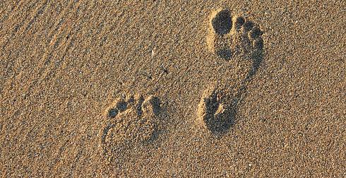 footprint-2353510.jpg